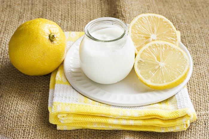 Làm trắng da với sữa chua,công thức trị mụn nhanh nhất.